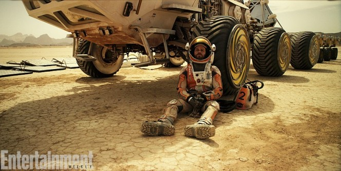 martian-movie-2015-astronaut